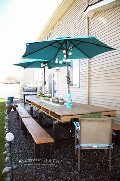 If you love pallet furniture, then you'll want to check out my DIY Pallet Outdoor Dining Table. This is a simple weekend project using an oversized pallet.