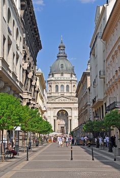 St. Stephen's Basilica is the largest church in Budapest, the 96-metre dome of which can be seen from virtually all parts of the city. The Basilica's construction begun in 1851, before being taken over by Miklós Ybl, one of the leading architects of the time in 1867 and completed by József Kauser in 1905.