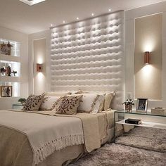 Simplesmente inspirador e belo. amei #ambiente #hi #homestyle #homedesign #interiordesign #lovedecor #inspiration #project # #quartocasal #clean