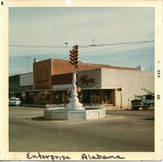 Enterprise Alabama The Boll Weevil Monument 1968