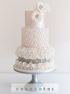 Coco Cakes - Beautiful Designer Wedding Cakes Melbourne including, Cupcakes, Engagements, Birthdays and other Special Occasions