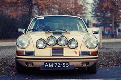 Porsche 911 by rob.brob on Flickr.