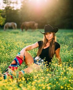 Sexy Cowgirl, Cowboy Up, Cowboy Hats, Country Women, Country Girls, Texas Bbq, Every Man, Horse Girl, Man In Love