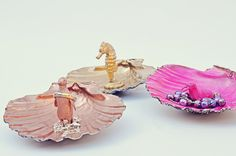 Scallop Trinket Dishes: scallop shell + old small toys