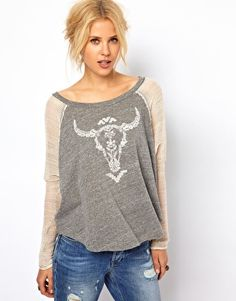 Enlarge Free People Skull Print Baseball Tee // Absolutely love this, but the cost is a wee bit out of the norm for a t-shirt! Spring Summer Fashion, Autumn Fashion, Style Me, Cool Style, Fall Outfits, Fashion Outfits, Skull Print, Latest Outfits, Free People Tops