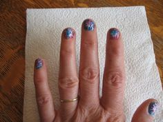 Almost Unschoolers: Firework Nails