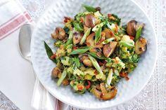 Kijk wat een lekker recept ik heb gevonden op Allerhande! Madrasboerenkool met champignons