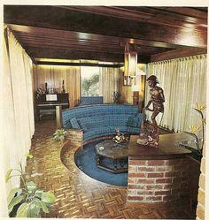 50 Ideas Living Room Vintage Modern Conversation Pit For 2019 1970s Decor, Retro Home Decor, Vintage Decor, Mid-century Interior, Interior Design, Sunken Living Room, Living Rooms, Apartment Living, Conversation Pit