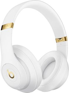 Buy White Beats Studio³ Wireless Bluetooth Over-Ear Headphones with Pure Adaptive Noise Cancelling & Mic/Remote from our Headphones range at John Lewis & Partners. Free Delivery on orders over Best In Ear Headphones, Headphones Online, Headphone With Mic, Gold Beats Headphones, Beats Studio Headphones, Ipod Nano, Apple Tv, Musik Player, Wireless Noise Cancelling Headphones