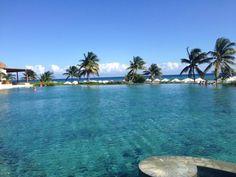 Представляем вам бесконечный бассейн Гранд Велас Ривьера-Майя! http://rivieramaya.grandvelas.com/russian/