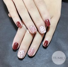 58 Trendy fails design flower colour in 2019 Red Nails, Swag Nails, Cute Nails, Pretty Nails, Nail Art Designs, Flower Nail Art, Stylish Nails, Simple Nails, Nails Inspiration
