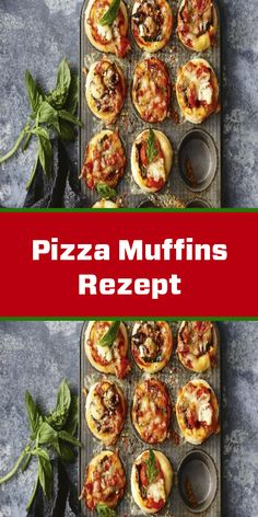 Pizza muffins recipe Pizza Muffins Rezept Looking for a delicious party snack? Then this pizza-muffin recipe comes right out of the box. Airy yeast dough, spicy tomato sauce and melted cheese - simply irresistible! Snacks Pizza, Snacks Für Party, Vegetarian Breakfast, Healthy Breakfast Recipes, Muffins Sains, Spicy Tomato Sauce, Vegan Appetizers, Healthy Muffins, Food For A Crowd