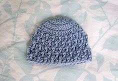 Alli Crafts: Free Pattern: Deeply Textured Hat - Premie