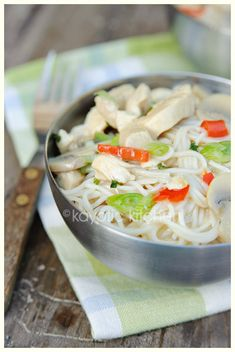 Chicken, Coconut & Lime Noodles #glutenfree if made with rice noodles  #dairyfree #poultry