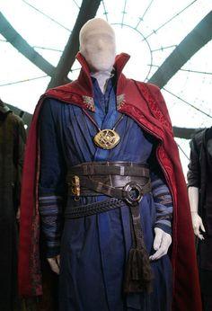 doctor-strange_comic-con_costume.jpg (545×800)