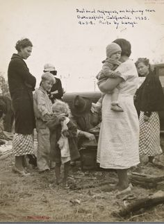 +~+~ Vintage Photograph ~+~+  Dust bowl refugees, on highway near Bakersfield, California.  November 1935.