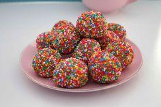 unicorn-rainbow-balls