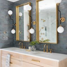 This beauty brightened up our Monday morning real quick! What's your favorite part of this masterpiece? This beauty brightened up our Monday morning real qui Decor Interior Design, Interior Styling, Bath Showroom, Bathroom Countertops, Bathroom Cabinets, Backsplash, Bathtub Decor, Bathroom Design Inspiration, Vanity Cabinet