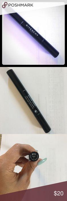 Givenchy #2 Mister light corrective pen #2 Givenchy light corrective pen Mister Light Givenchy Makeup Concealer