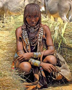 Hamar Woman, Portrait from Hans Silvester's exhibition Natural Fashion. People of the Omo Valley, Ethiopia African Tribes, African Women, We Are The World, People Around The World, Black Is Beautiful, Beautiful People, Art Tribal, Art Populaire, Tribal People