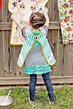 This pin is for the smock apron, which is totally adorable, but how cute is that top???