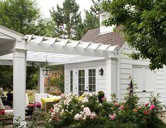 garden building with pergola
