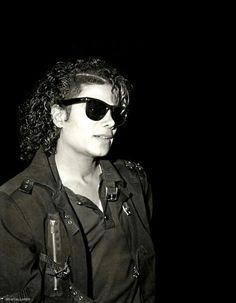 Michael Jackson Photo: Our King Janet Jackson, The Jackson Five, Michael Jackson Bad Era, Michael Love, Jackson Family, George Michael, Invincible Michael Jackson, King Of Music, The Jacksons
