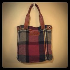 Abercrombie & Fitch Handbags - Abercrombie leather & wool flannel plaid bag tote