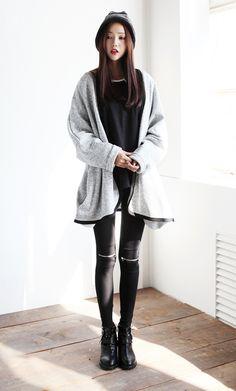 Korean fashion. Zippered pants!
