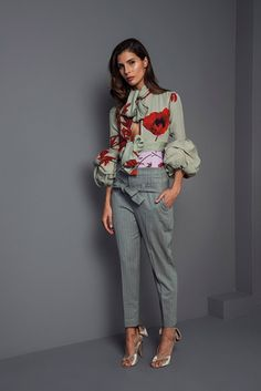 Johanna Ortiz Fall 2017 Ready-to-Wear Collection Photos - Vogue Supernatural Style Fashion Week Paris, Fashion 2017, Love Fashion, Winter Fashion, Fashion Show, Fashion Looks, Fashion Outfits, Womens Fashion, Fashion Design