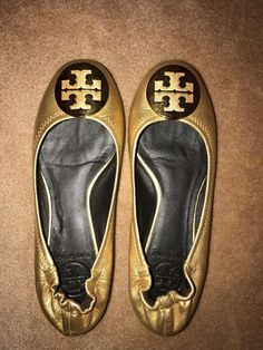 df3076de29ac Tory Burch 7M Reva Gold Leather Logo Medallion Ballet Flats  fashion   clothing  shoes