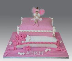 Feather Ballerina Cake by Gellyscakes, via Flickr