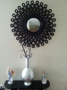 Papel periódico Diy Arts And Crafts, Home Crafts, Diy Crafts, Origami And Quilling, Paper Quilling, Cardboard Paper, 3d Paper, Mirror Art, Mirrors