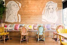 Designer et directeur créatif, Parolio a récemment terminé Wanda Café Optimista, un nouveau café lumineux et coloré situé dans le quartier de Salamanca à Madrid.