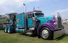 Cool Semi-Trucks | Copyright © 2008 10-4 Magazine® and Tenfourmagazine.com