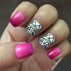Uñas étnicas, degradado de  rosados #uñasWapas, #pinknails, #nails, #uñas, #diseñosdeuñas, #gradientnails
