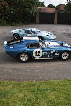 and Daytona coupe Ford Gt, Vroom Vroom, Race Cars, Dream Cars, Madness, Automobile, Racing, Cutaway, Auto Racing