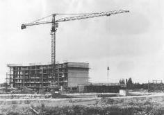 Roosendaal: Klein Brabant, bouw serviceflat woonplaats Roosenhof | Broos, Marius CJ (Roosendaal) - Europeana
