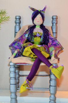 Poupée de tissu La petite fée des bois violette et verte : Accessoires de maison par dame-brigitte