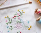 Embroidery flower, Banner flag, Gift ideas for mom - Bouquet of flowers - Embroidery diy kit, Bedroom decorations, Craft ideas, diy kit