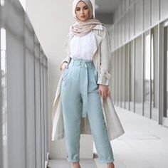 Sohamt clothes in 2019 hijab fashion, modern hijab fashion, Modest Fashion Hijab, Modern Hijab Fashion, Street Hijab Fashion, Casual Hijab Outfit, Hijab Fashion Inspiration, Islamic Fashion, Muslim Fashion, Hijab Chic, Hijab Dress