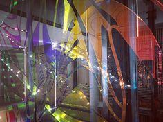 Rêve ta vie en couleur c'est le secret du bonheur. Walt Disney #docksbruxsel #docks #bruxelles #brussels #bruxellesmabelle #shopping #bx #bxlove #bybrussels #bruxellestagram #bruxellesjetaime #bxl_online #visitbrussels #igbrussels #belgique #belgium #welovebrussels #brusselslove #color #art #shoppingtime #reflection #artist #colorful #design #architecture #light #escalator