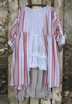 MegbyDesign love this, white tunic, tan pantaloons, striped over blouse...