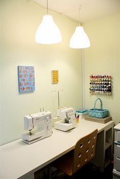 Good article on organizing small sewing spaces.