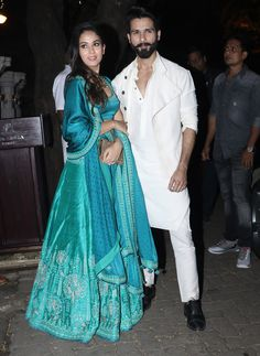 Celebrity couple Mira Rajput and Shahid Kapoor pose for the cameras on their arrival for Anil Kapoor's Diwali party hosted at his residence in Mumbai on October 19, 2017. (Image: Yogen Shah)