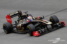 Lotus Renault F1 | Vitaly Petrov, Lotus Renault F1 Team | Main gallery | Photos ...