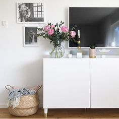 """41 likerklikk, 2 kommentarer – Prettypegs   Legs & Parts (@prettypegs) på Instagram: """"Peonis 🌸 Thank you @room.interior.by.lisa for this pretty pic with our Estelle 120💞 #prettypegs…"""""""