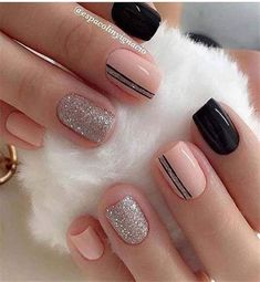 Glitter Gel Nail Designs For Short Nails For Spring 2019 - Fingernägel - Uñas Nail Designs Pictures, Short Nail Designs, Simple Nail Designs, Trendy Nails, Cute Nails, My Nails, Coral Nails, Perfect Nails, Gorgeous Nails