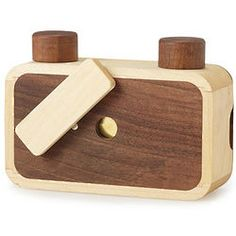 This handmade pinhole camera is crafted from wood. Cool Gifts For Teens, Gifts For Teen Boys, Pinhole Camera, Film Camera, 35mm Film, Wooden Camera, Photography Accessories, Handmade Wooden, Amazing Photography