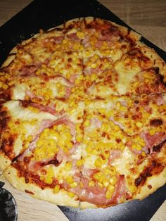 A valódi házi pizza titka! Nálunk ez hagyományos vasárnapi ebéd lett! - Ketkes.com Baked Dinner Recipes, Tasty, Yummy Food, Hungarian Recipes, Cheap Meals, Food 52, Winter Food, Street Food, Us Foods
